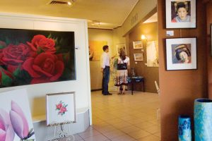 art-galleries-747x586